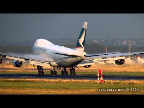 "[FULL HD]  Cathay Pacific Cargo 747-467F ""Wing condensation"" landing Frankfurt Rhein-Main"