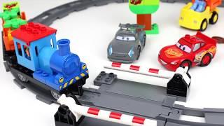 Lego Duplo Trein voor kinderen met Lego Lightning McQueen - Lego trein set speelgoed 10810
