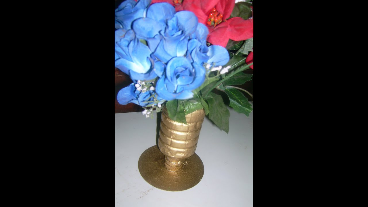 Old cd and plastic bottle flower vase tutorial recycle for Plastic bottle vase craft