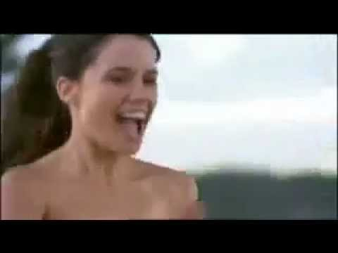 Jodi Gordon Streaking Nude In Public !!!
