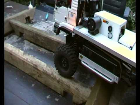 RC Truck Trial-MAN prototype--extreme home parcours