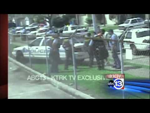 Houston Police BEATING Teen Suspect Chad Holley