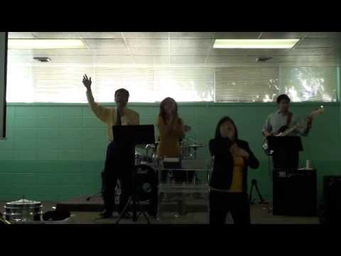 Datanglah ke hadiratNya (Susi & Makarios band) 09-05-10