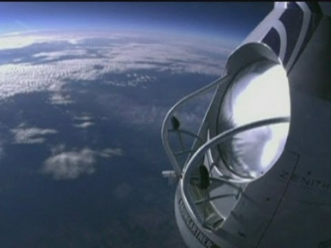 500mph skydive: Felix Baumgartner trains for record-breaking fall