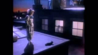 Watch Elton John Chloe video
