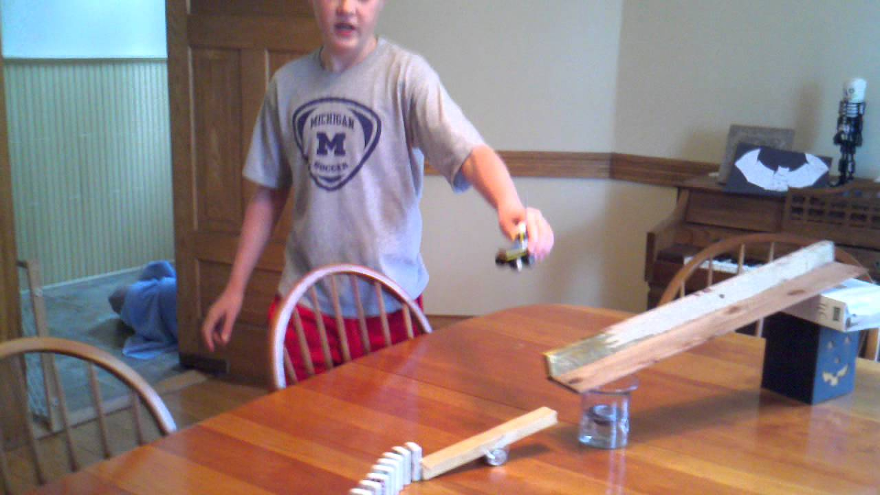 egg cracking machine science project