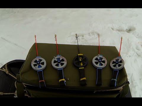 Что лежит в зимнем рыболовном ящике у Михалыча. Обзор зимних снастей и приманок