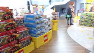 LEGO Store Billund Airport: How to get the LEGO Billund Airport Special Edition Set