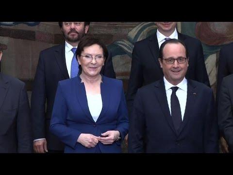 Ukraine: France et Pologne appellent à un cessez-le-feu immédiat