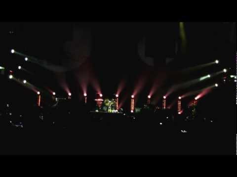 Die Toten Hosen - Drei Kreuze Dass Wir Hier Sind
