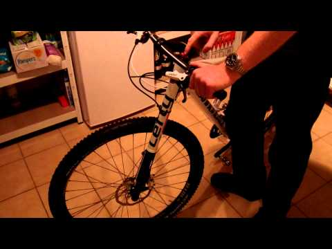 Cannondale F - Lefty Demonstration