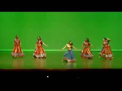 Deepa Iyengar w/students - Dholna & Nagada Sang Dhol 2014