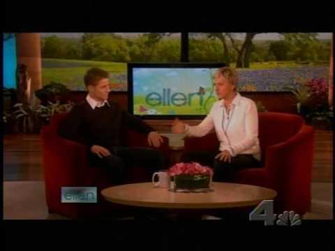 Benjamin Mckenzie on the Ellen Show - April 2, 2009