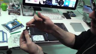 Thumb Video Tutorial de: Como añadir un nuevo SSD y Memoria RAM en una MacBook Pro