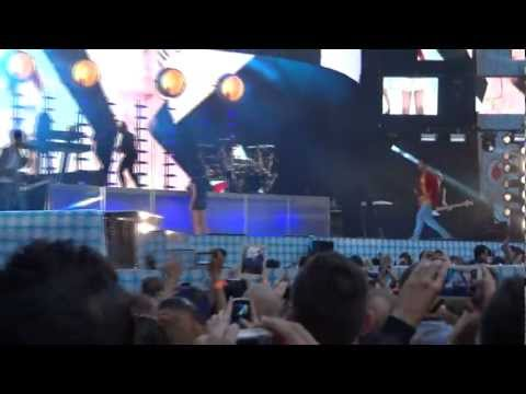 Jessie J - Price Tag - Capital FM Summer Time Ball Music Videos