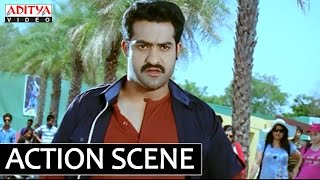 Ramayya Vasthavayya - Ramayya Vasthavayya Movie - NTR Fight with Samantha Gang In College - NTR, Samantha