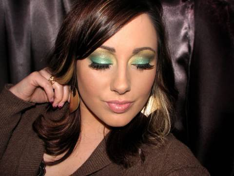 Sephora Holiday Look- Green and Gold Video