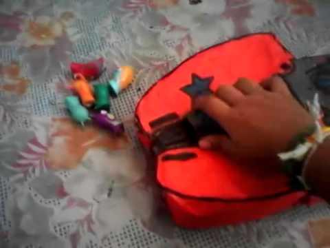 Lanzadora y juguetes de bajoterra