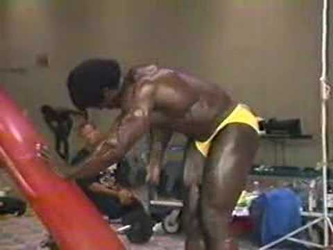 1988 Nationals Bodybuilders Backstage Posing