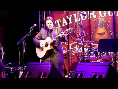 Doyle Dykes - NAMM 2011 - Classical Gas