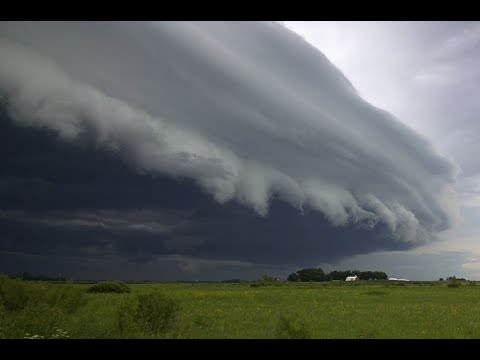 Облака становятся ниже - сбывается очередное предсказание