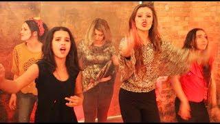 Download Lagu Luis Fonsi, Demi Lovato - Échame La Culpa COVER - Klailea & Nadia Khristean Gratis STAFABAND