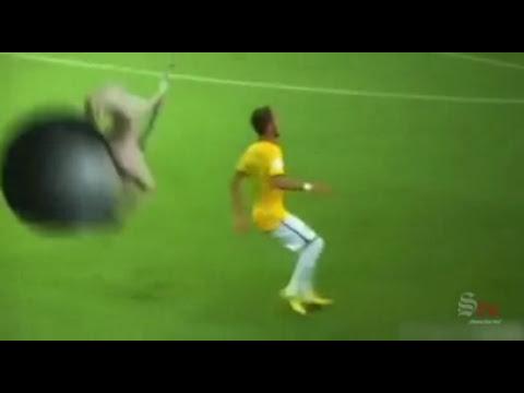 Neymar es golpeado por personajes de videojuegos