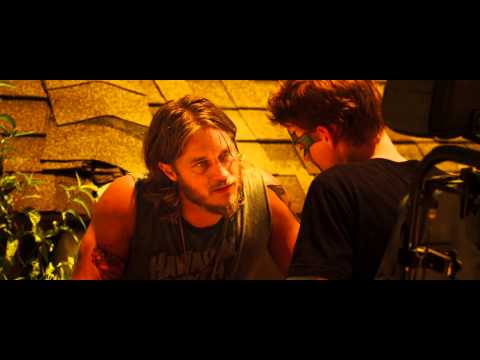 The Baytown Outlaws - Face Painting Scene