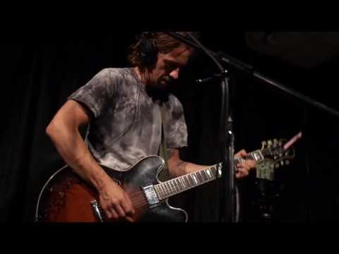 No Age - I Won't Be Your Generator (Live @ KEXP, 2013)