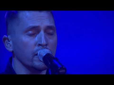 Ákos :-: NE KERESS ENGEM :-:  ( 2014   LIVE )