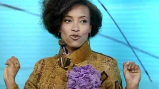 Melike Ayan interviews Grammy winner Esperanza Spalding-part II