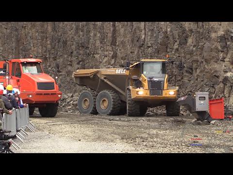 Doosan DL550-5 Wheelloader Loading Doosan DA40 Dumper @ Steinexpo 2014