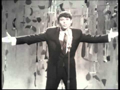 España Eurovisión 1966 - Raphael - Yo soy aquél (7º Puesto - 9 puntos)