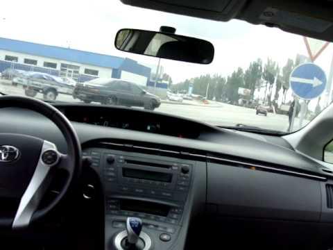 Toyota Prius - тест драйв гибрида