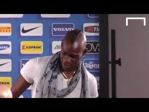Mario Balotelli makes surprise appearance as Inter unveil new head coach