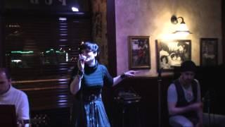 Watch Alanis Morissette I