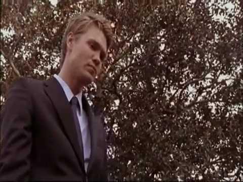 One Tree Hill - 317 - l'Enterrement de Keith - [Lk49]