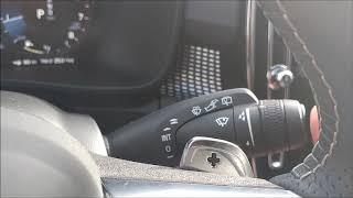 2019 Volvo XC40 interior review