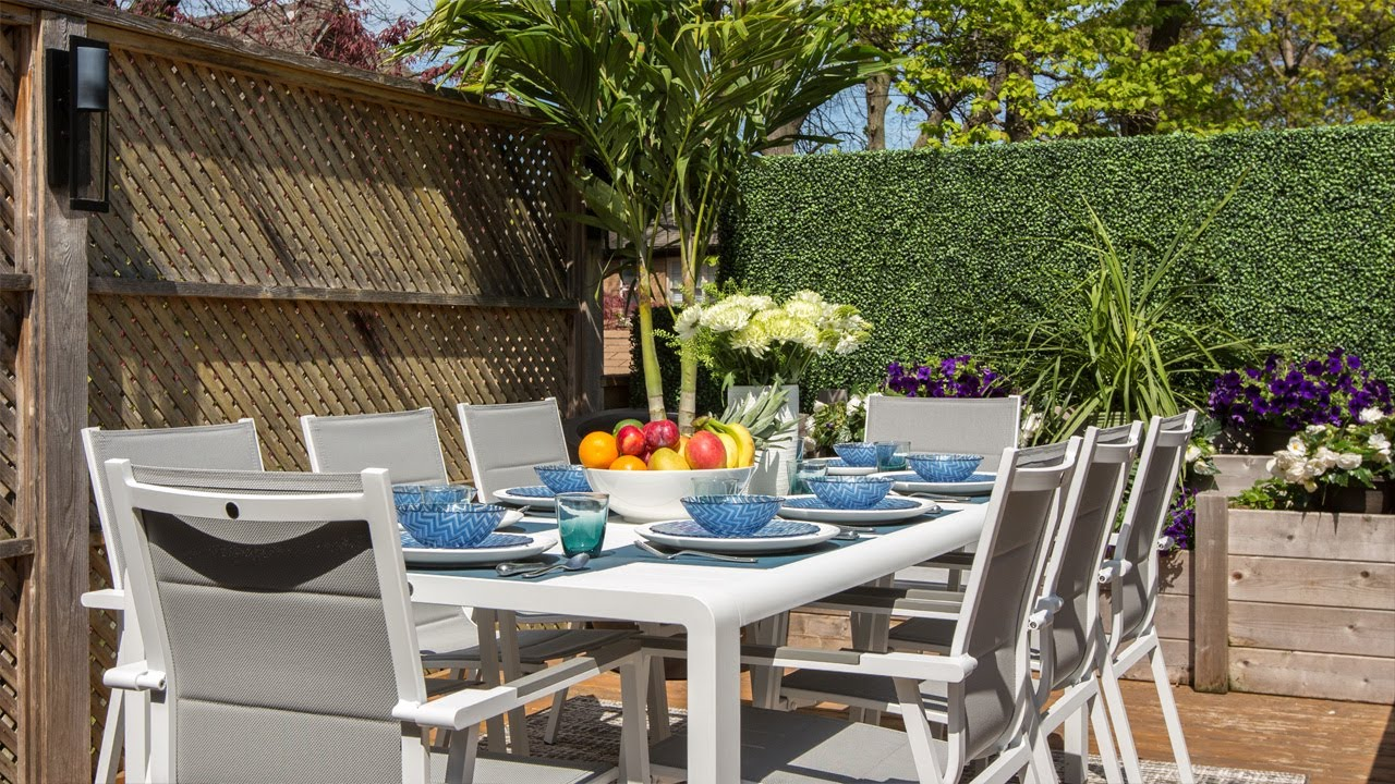 How To Create The Ultimate Outdoor Dining Room