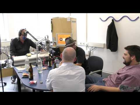 5/8 - Lamagra im Radio - Freies Radio für Stuttgart (FRS) - Between the Cracks