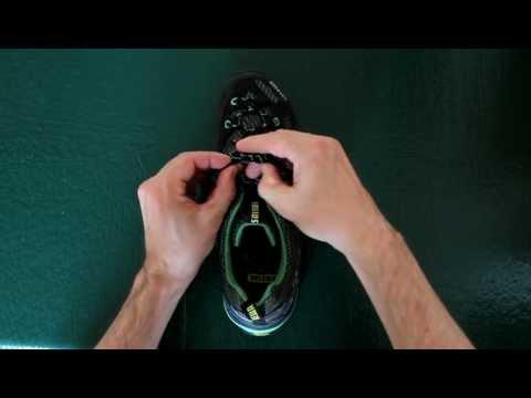 Видео как научиться завязывать шнурки