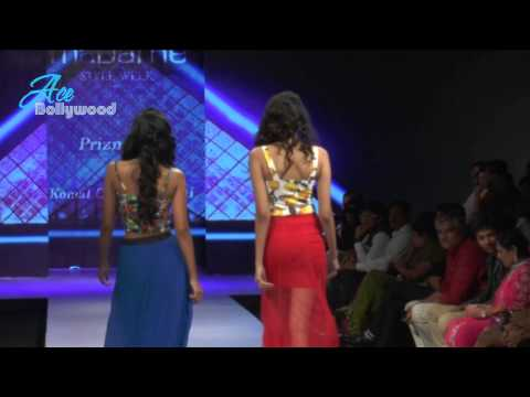 Sexy Hot Indian Models Walks At Madame Style Week 5 video