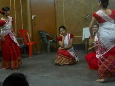 Group Assamese Modern Dance 1 By Dhritee Shruti Goswami video