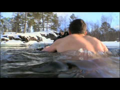 Man vs. Wild - Arctic Circle - Bear's Bare Agony