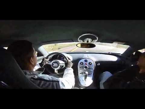 Um Bugatti Veyron chegando ao seu limite