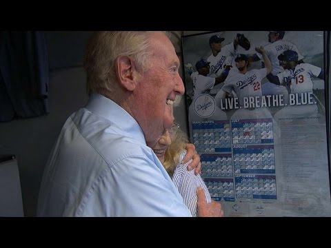 Breaking News: Vin Scully To Return