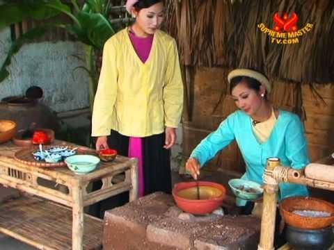 Specialty Food & Traditional Cuisine from Âu Lạc (Vietnam) - Vegan Riêu Noodle Soup