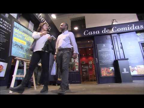 LOS SOPORTALES DE LAS ARTES. Día del libro en Plaza Mayor