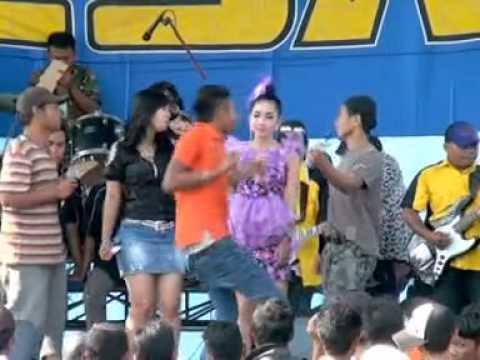 OM. ELSA * Arjun - Anggi & Fenti *(Porong, 090515)