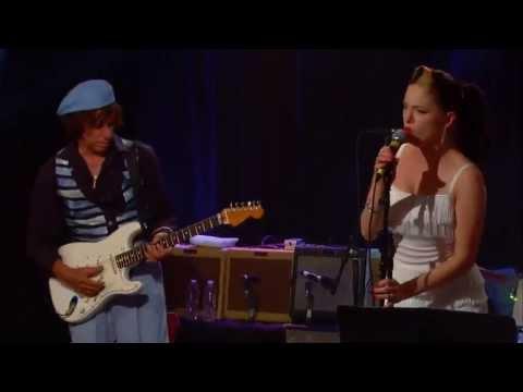Jeff Beck & Imelda May  ( Rock N Roll ) video